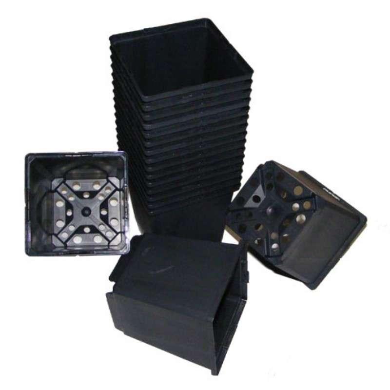 maceta-teku-cuadrada-negra-7x7x8-023l-4560-unds-macetas-y-bandejas.jpg